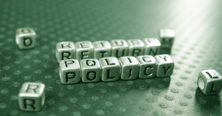 4 Steps to Creating a Customer-Centric Returns Policy That Boosts Sales